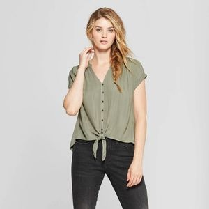 Women's Tie Front Short Sleeve Blouse - Universal